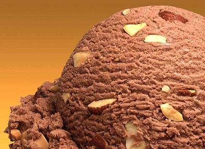 Inghetata de cacao cu nuca