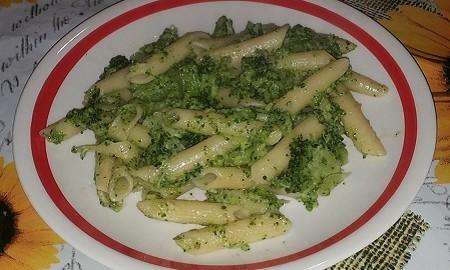 macaroane cu broccoli