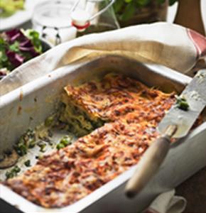 lasagna vegetariana cu pesto si legume