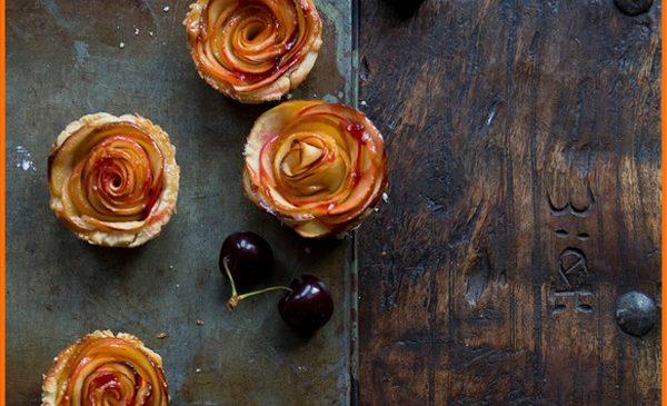 Trandafiri din mere in foietaj